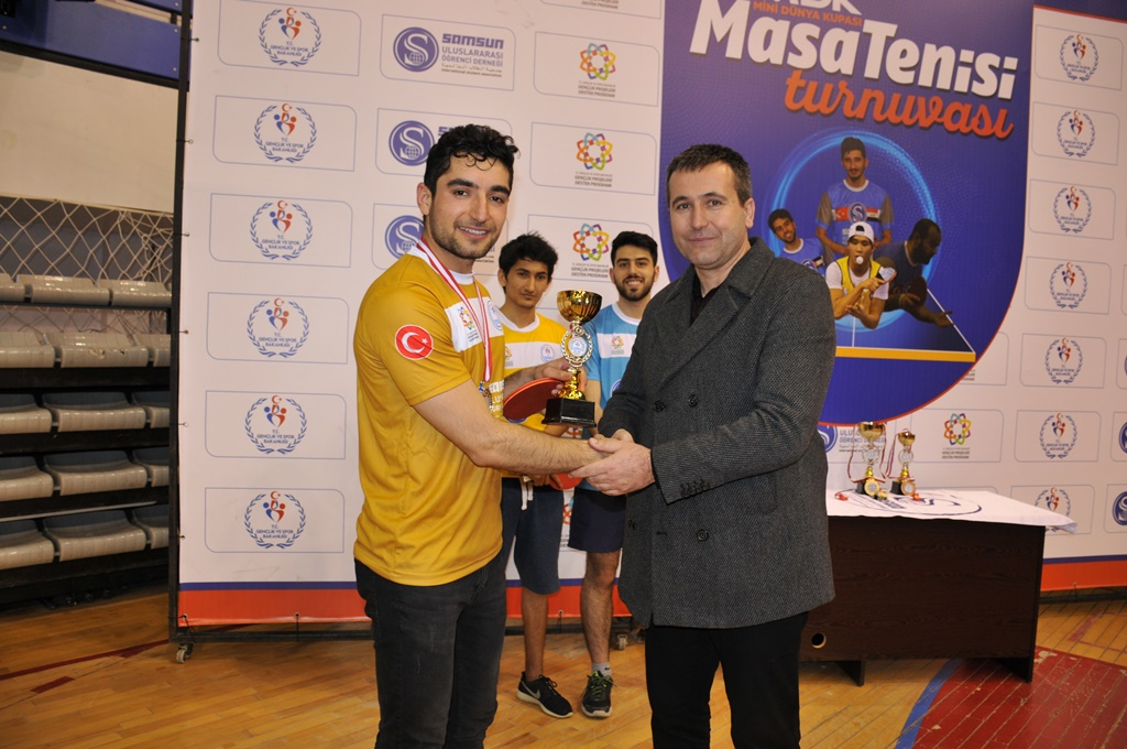 http://www.omu.edu.tr/sites/default/files/files/students_ranking_the_highest_in_the_international_table_tennis_tournament_got_their_trophies/dsc_0050.jpg