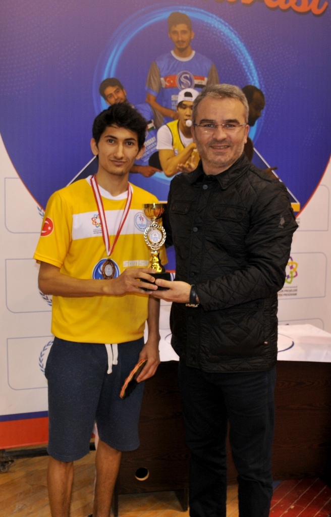 http://www.omu.edu.tr/sites/default/files/files/students_ranking_the_highest_in_the_international_table_tennis_tournament_got_their_trophies/dsc_0058.jpg
