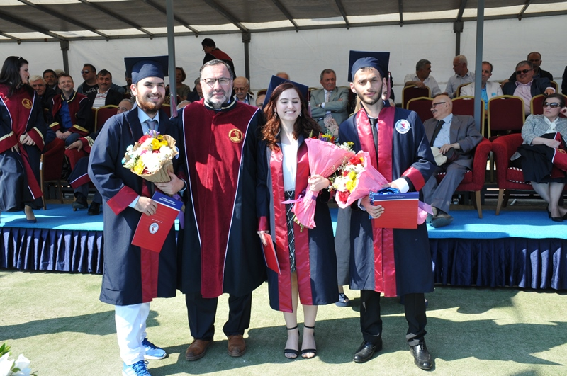 http://www.omu.edu.tr/sites/default/files/files/the_faculty_of_science_and_letters_graduates_989_students/dsc_0265.jpg
