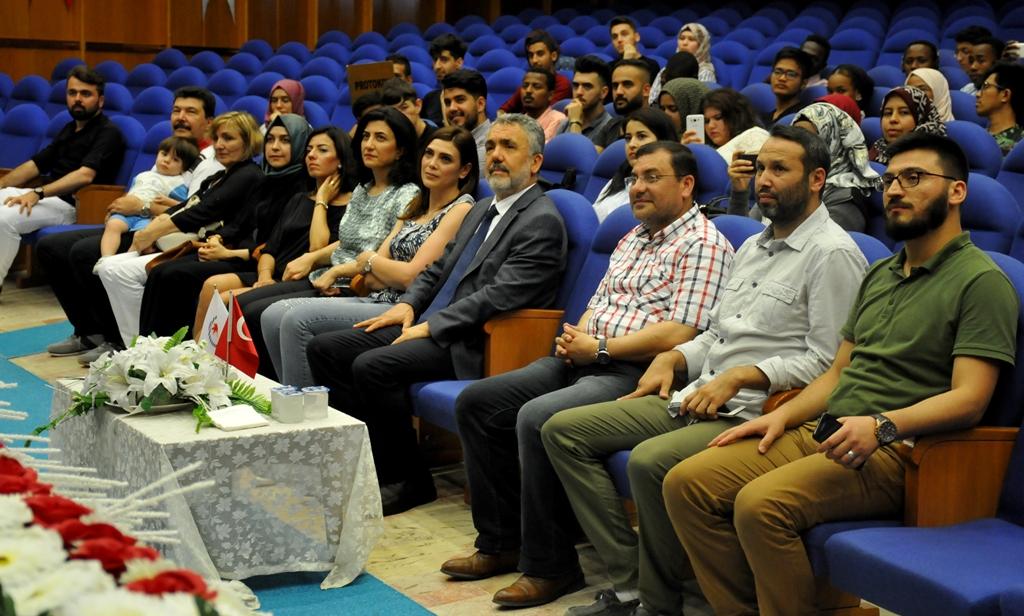 http://www.omu.edu.tr/sites/default/files/files/uluslararasi_ogrencilerle_turkce_soleni/dsc_0671.jpg