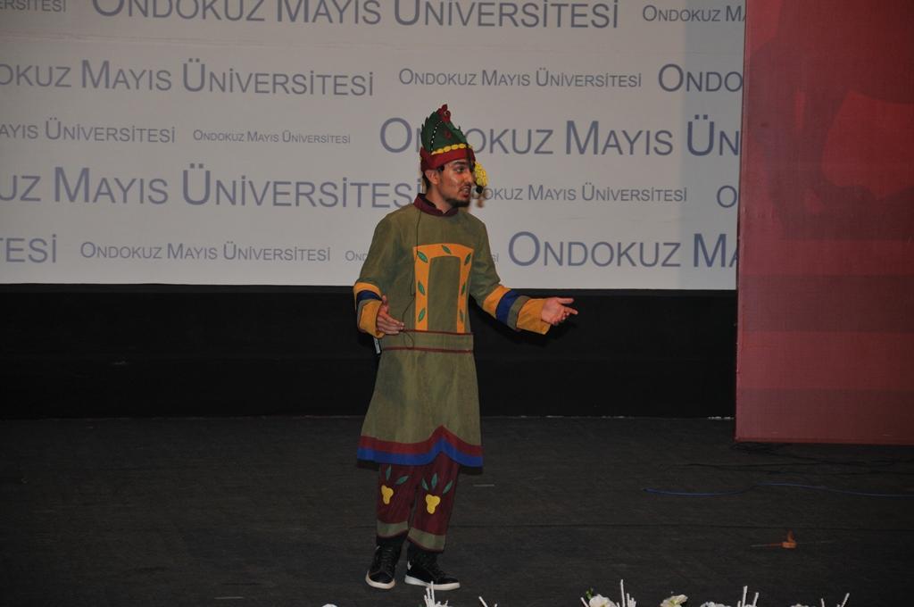 http://www.omu.edu.tr/sites/default/files/files/uluslararasi_ogrencilerle_turkce_soleni/dsc_0798.jpg
