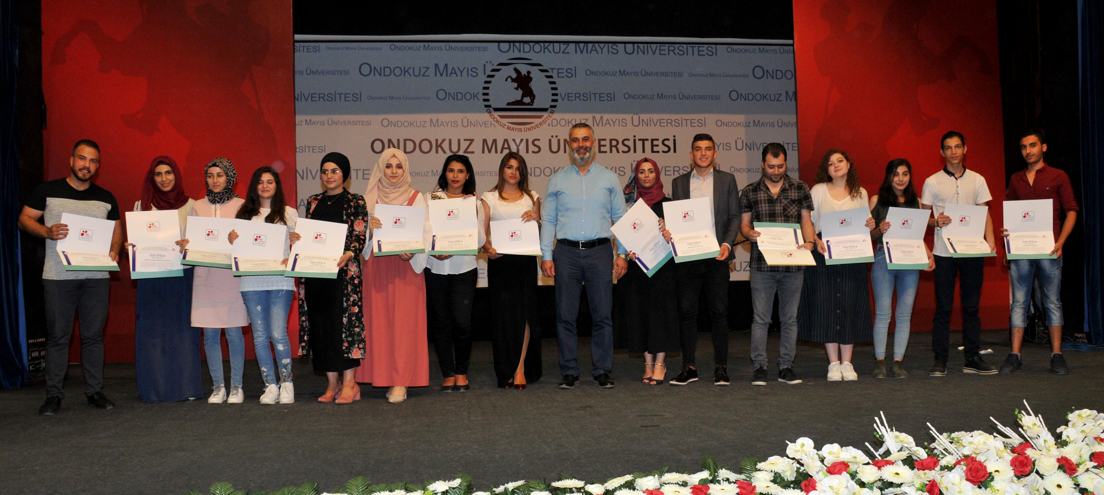 http://www.omu.edu.tr/sites/default/files/files/uluslararasi_ogrencilerle_turkce_soleni/dsc_0842.jpg