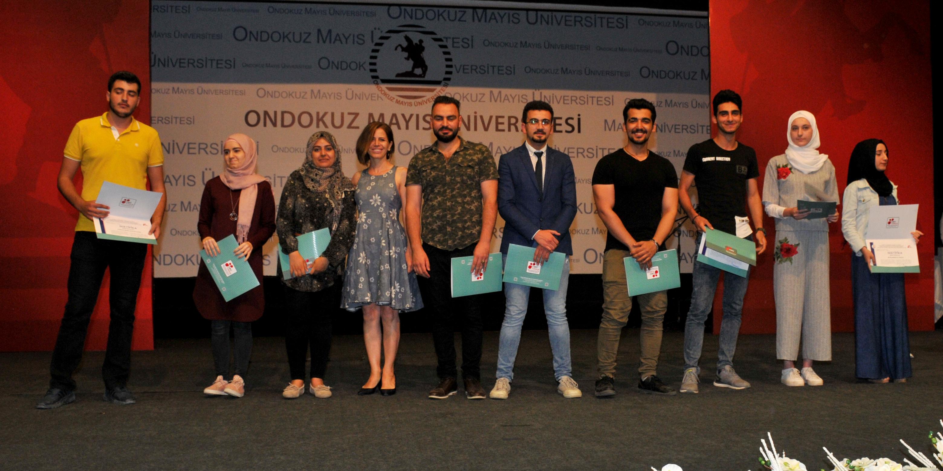 http://www.omu.edu.tr/sites/default/files/files/uluslararasi_ogrencilerle_turkce_soleni/dsc_0845.jpg