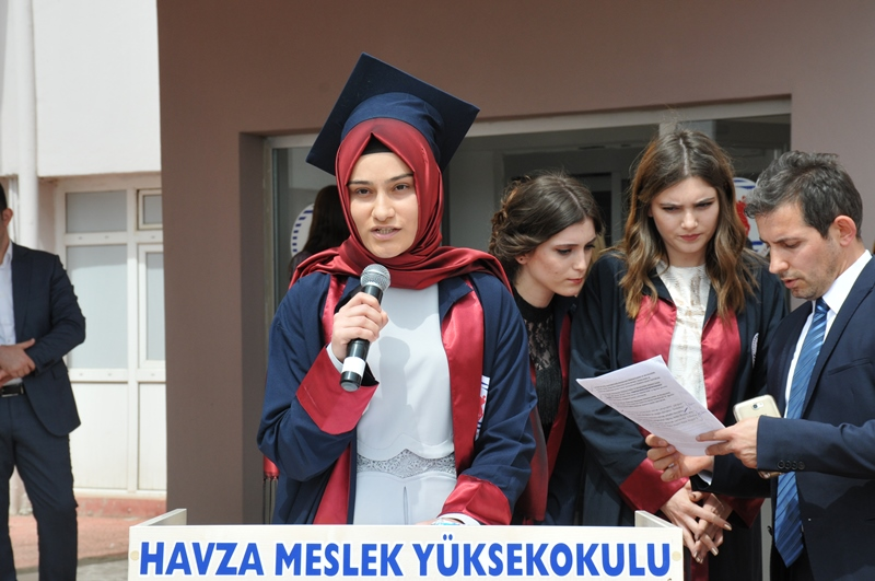 http://www.omu.edu.tr/sites/default/files/files/vezirkopru_havza_ve_kavak039da_mezuniyet_coskusu/dsc_0086.jpg