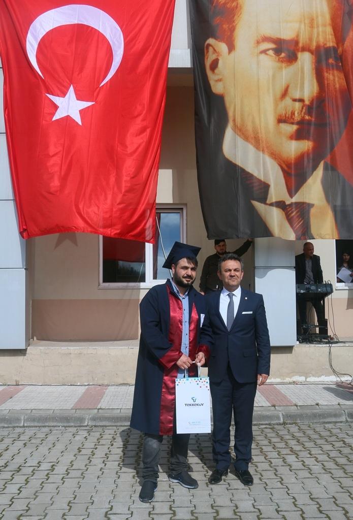 http://www.omu.edu.tr/sites/default/files/files/yesilyurt_demir_celik_meslek_yuksekokulunda_mezuniyet_gururu/img_7155.jpg