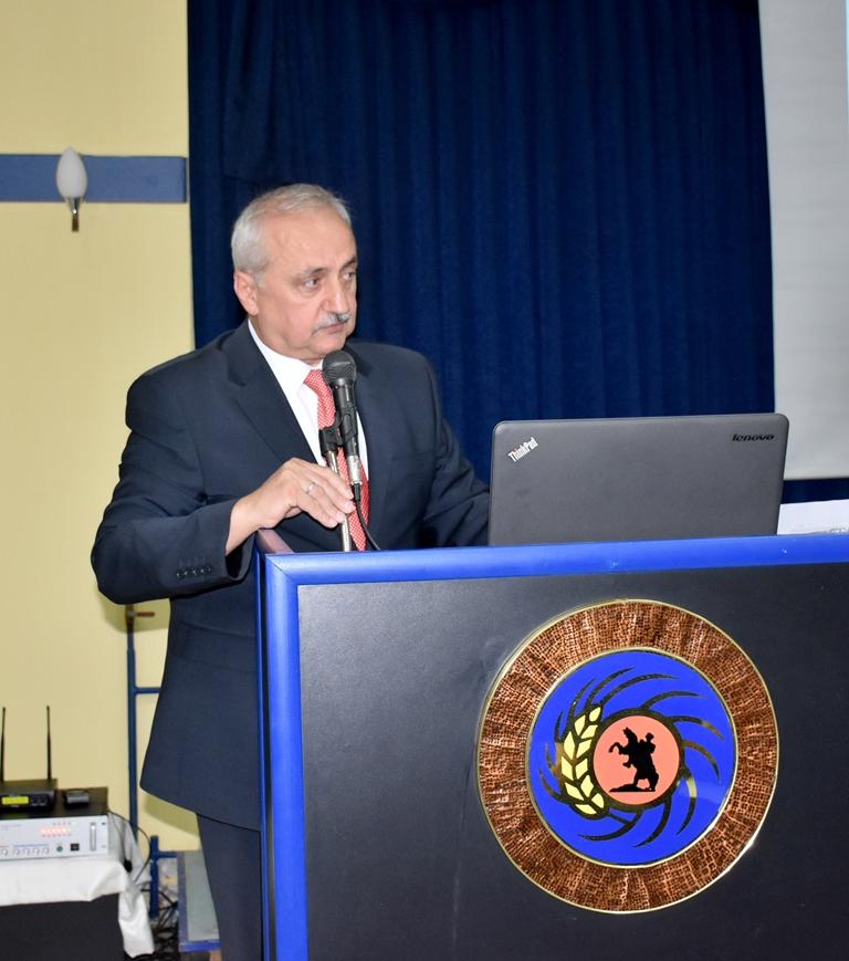 http://www.omu.edu.tr/sites/default/files/files/ziraat_fakultesi_akademik_kurulu_toplandi/dsc_7148.jpg